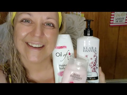 DOLLAR TREE BODY WASH REVIEW (3)