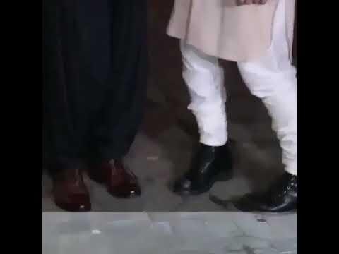 Two legends of Bollywood Loving SRK & Amir Khan Celebrate this Diwali Together...