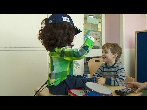 ¿Este robot ayuda a niños con autismo? Véalo usted mismo