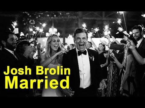 Congratulations! Josh Brolin gets married
