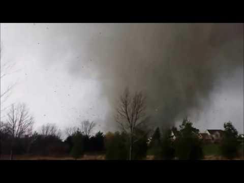 GA Tornado Outbreak - AMAZING Footage!