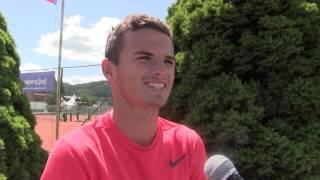 Ondřej Krstev po výhře ve finále kvalifikace na turnaji Futures v Ústí n. O.