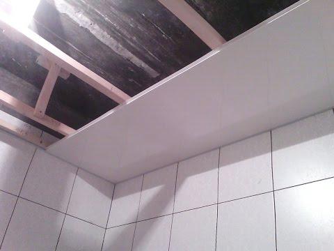 Как установить пластиковые панели на потолок