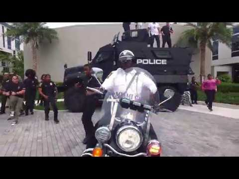 Miami Gardens Police Department Running Man Challenge Miami Remix Youtube
