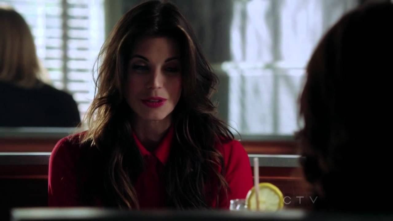 Once Upon A Time S02E04 Belle and Red Riding Hood at the ...Once Upon A Time Ruby And Belle