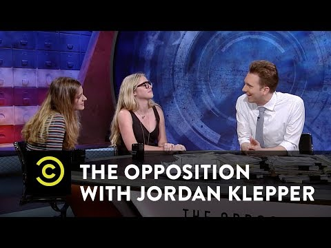 Carly Novell & Delaney Tarr - Reforming Gun Laws with #NeverAgain - The Opposition w/ Jordan Klepper
