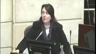Bravo, bravísimo senadora Paloma,