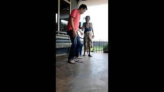 Download Video Nenek galau MP3 3GP MP4