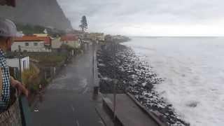 Riesenwellen Insel Madeira Paul do Mar Portugal 06/01/2014