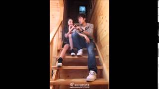 Repeat youtube video เพลง รักต่างวัย ซึ้งๆ (ผู้ชายอายุ 24 สวนแฟนสาว อายุ 12)น่ารักๆ