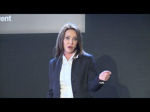 Do business schools develop leadership? Not often.   Amanda Nimon-Peters   TEDxHultAshridge