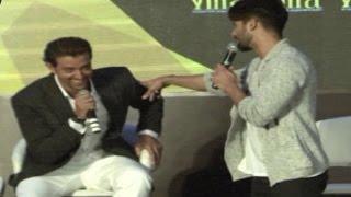 Shahid Kapoor EMBARRASSES Hrithik Roshan in PUBLIC!