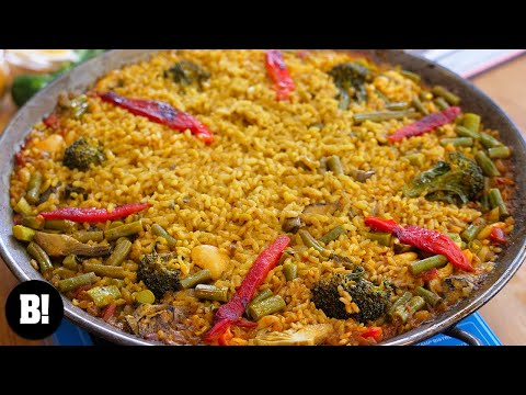 Easy & Authentic Vegetable Paella!