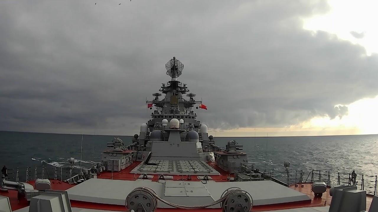 Ракетные стрельбы с ТАРКР «Петр Великий» Северного флота
