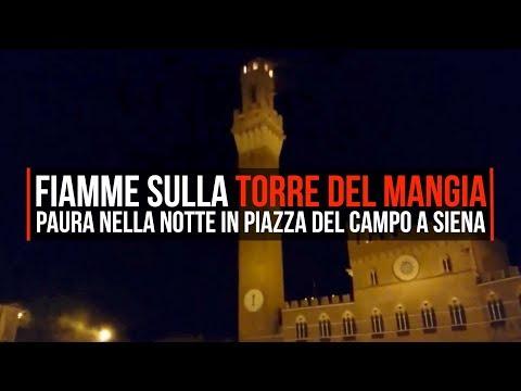 Siena, paura nella notte: fiamme sulla Torre del Mangia