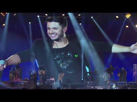 Jorge e Mateus chora no palco após homenagem a Cristiano Araújo no Villa Mix Goiânia (Ao Vivo)
