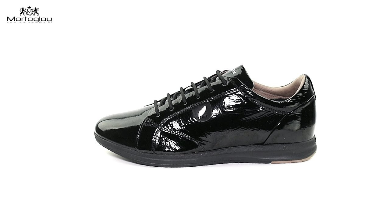 3e906fceb04 Γυναικεία Παπούτσια Casual Geox D44H5B Black Patent - YouTube
