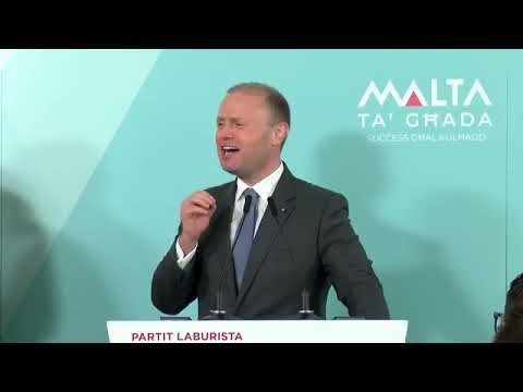 Dr. Joseph Muscat jindirizza laqgħa politika f' Ħaż-Żebbuġ