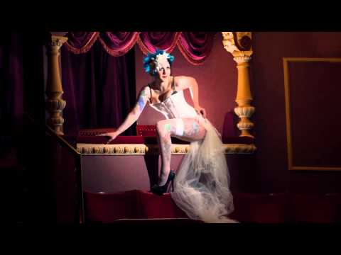 Wakefield Theatre Boudoir Shoot by Gel Bridal Style