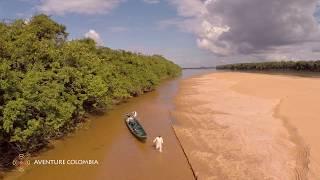 Parque Tuparro - Rio Tomo en los llanos orientales, Colombia, desde el aire