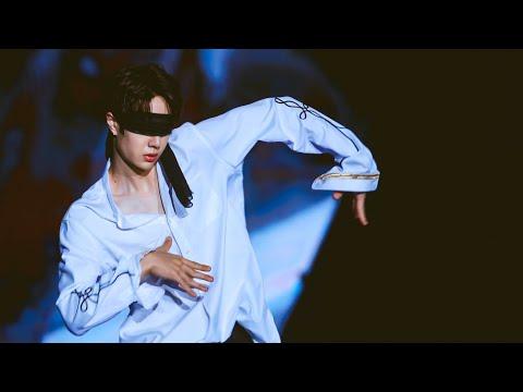 WANG YIBO | Blindfolded Dance | The Hills | 170409