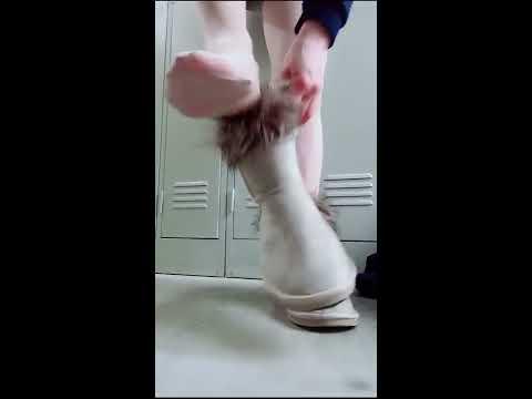 【更衣室14】パンストつま先蒸れ もこもこブーツ | リアル生着替え |ストッキングフェチ stockings pumps