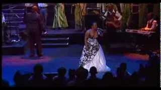 Rebecca Malope ft Tshwane Gospel Choir Look at Me(Don