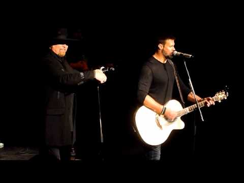 Montgomery Gentry: Merry Christmas From The Family