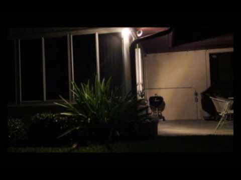 Trailer do filme Astro Zombies: M3 - Cloned