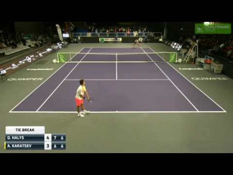 The worst second serve ever!