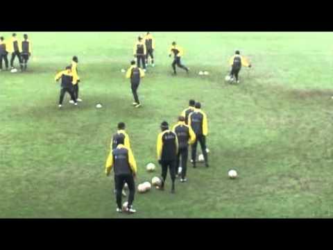 DFB - Deutscher Fußball-Bund e.V. - Alemannia Aachen  Endlosformen auf Video!.flv