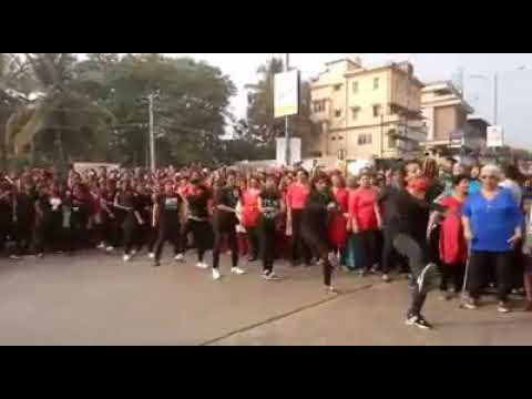 Mangalore college girls tiger dance