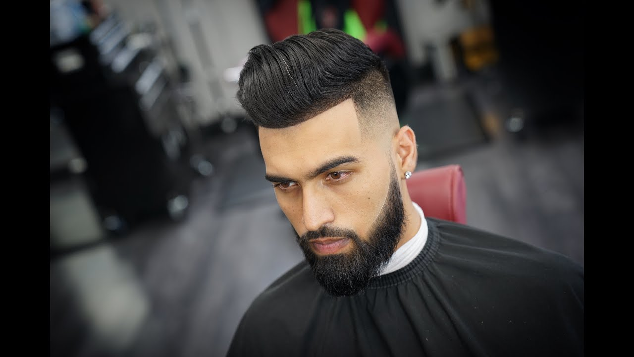 Hairstyles 2019: Comb Over Mid Fade With Beard