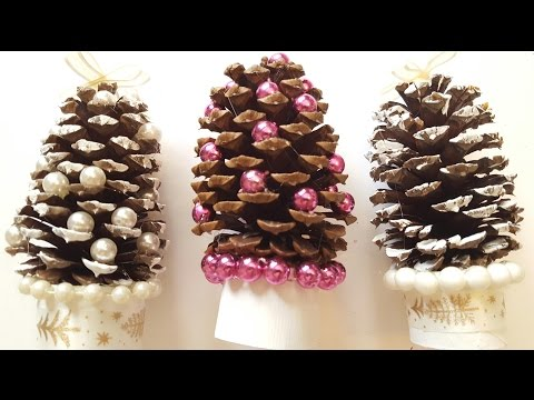 Pinecone Christmas Trees - DIY Holiday Crafts