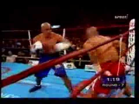 Roy Jones Jr Hands Behind Back KO!