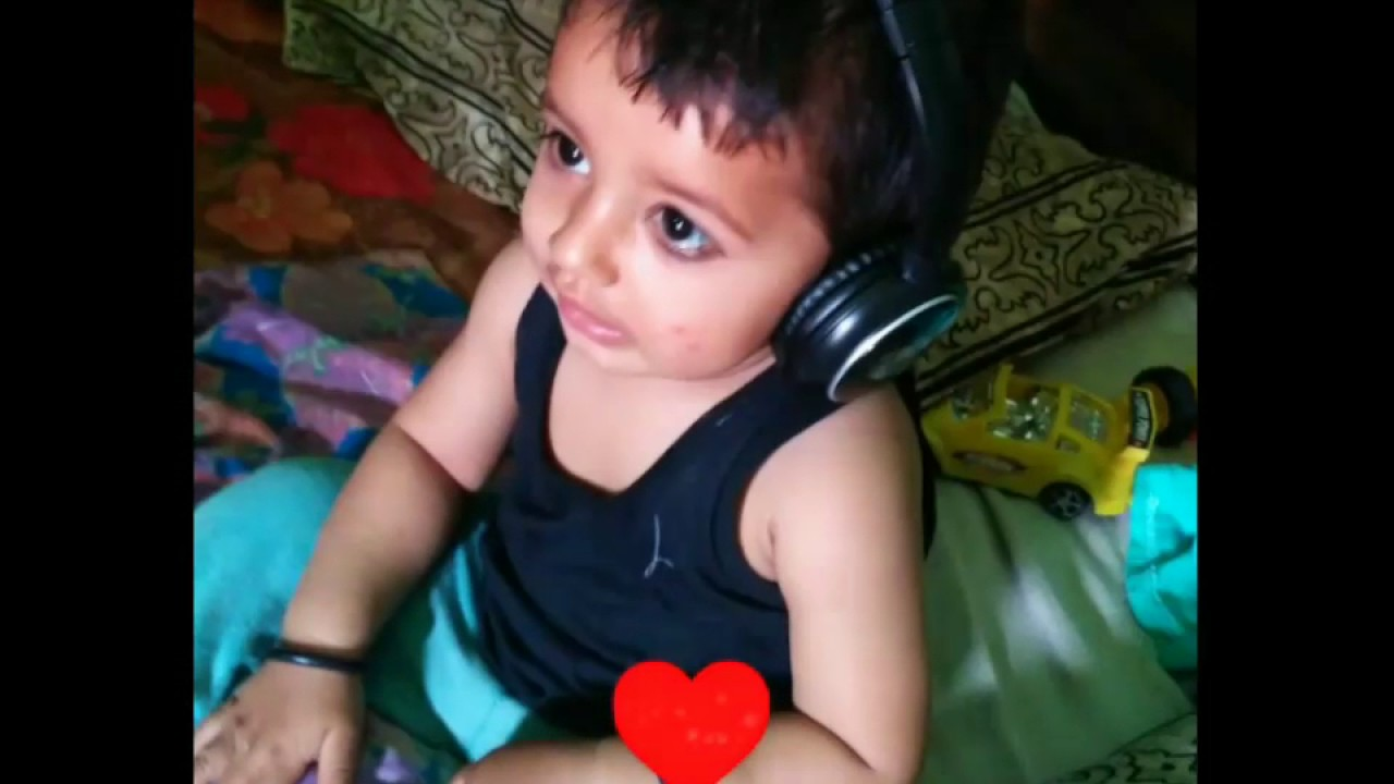 latest cute baby playing expressing moods with maula mere maula song