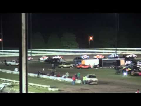 IMCA Stock Car feature Southern Iowa Speedway 5/6/15
