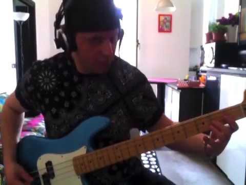 J Ax - Sopra la media (bass cover)