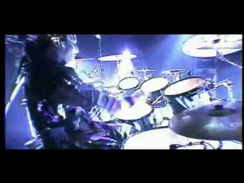 Joey Jordison disasterpiece drum solo upside down - YouTube