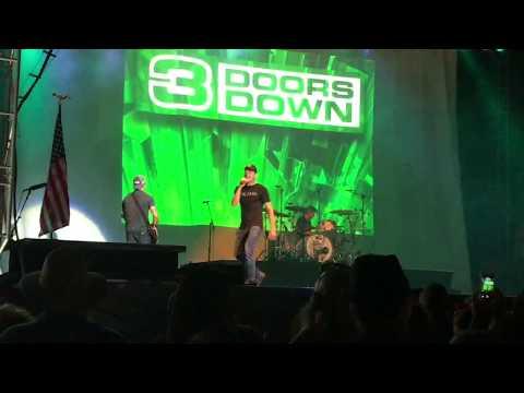 3 Doors Down - Kryptonite (Live Virginia Beach's American Music Festival 9/3/17)