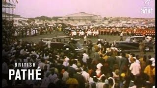 Accra - Ghana Acclaims Queen And Duke (1961)