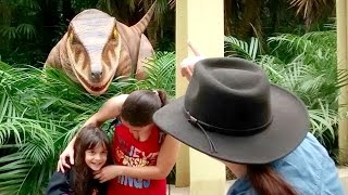 CUIDADO!!! DINOSSAURO BRAVO! ★ Jurassic Camp Universal Islands of Adventure (Tour Orlando VLOG #26)