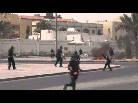 Revolution Bahrain : ( Flame volcanoes process ) Attack the police station in Sitra