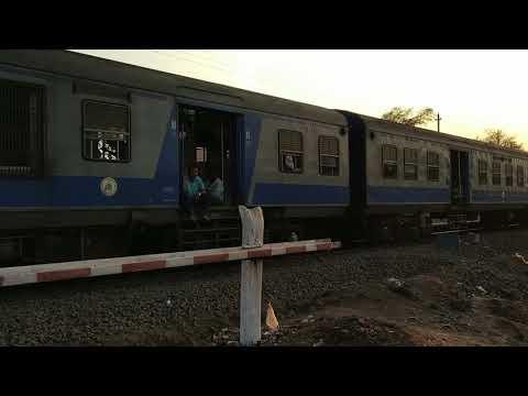 Mumbai Like Local Train Introduced On Pune Kolhapur Route - Shot On Vishrambag Railway Station