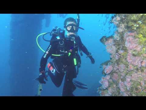 Diving Oil Rig Ellen