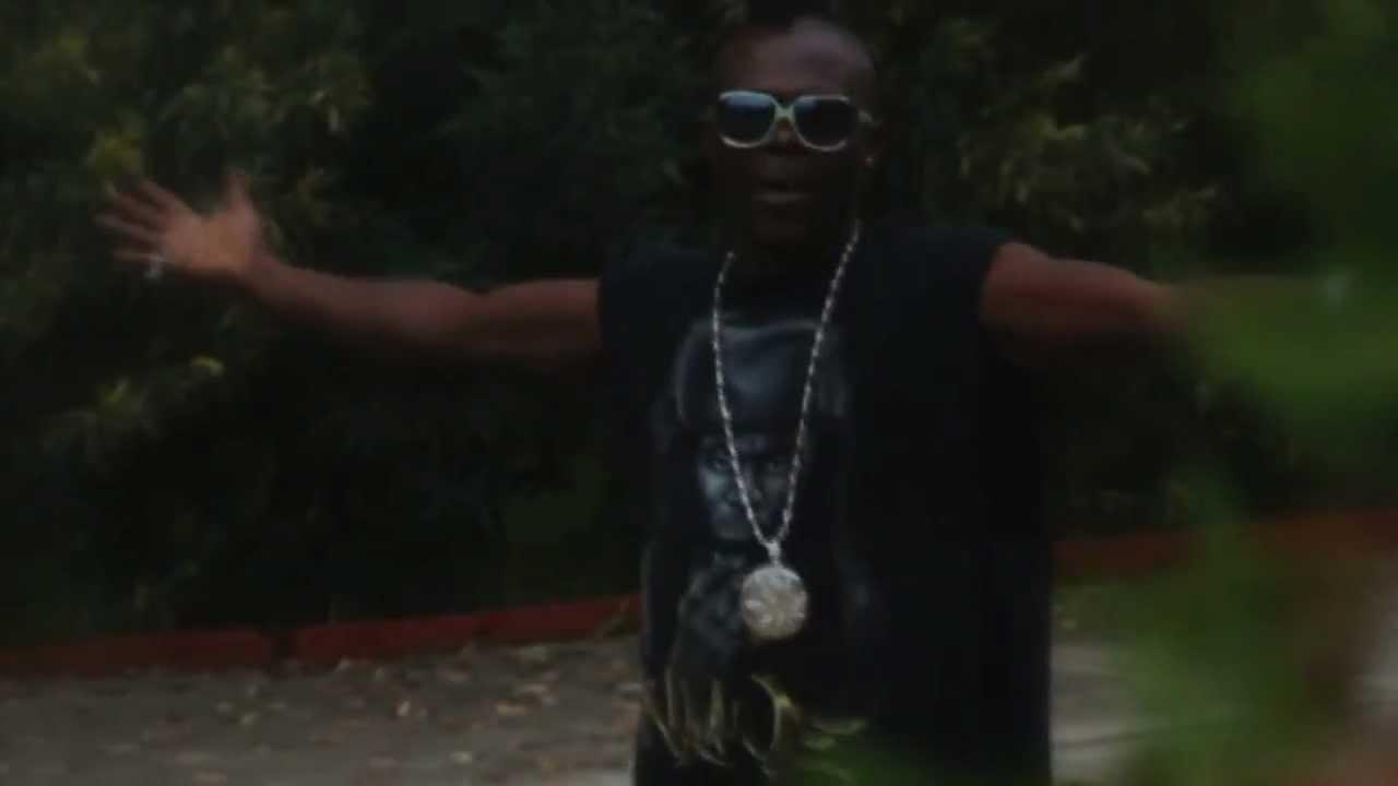 Download video El tito Mc IM GANGSTA BOY feat BIBALA (OFICIAL HD)