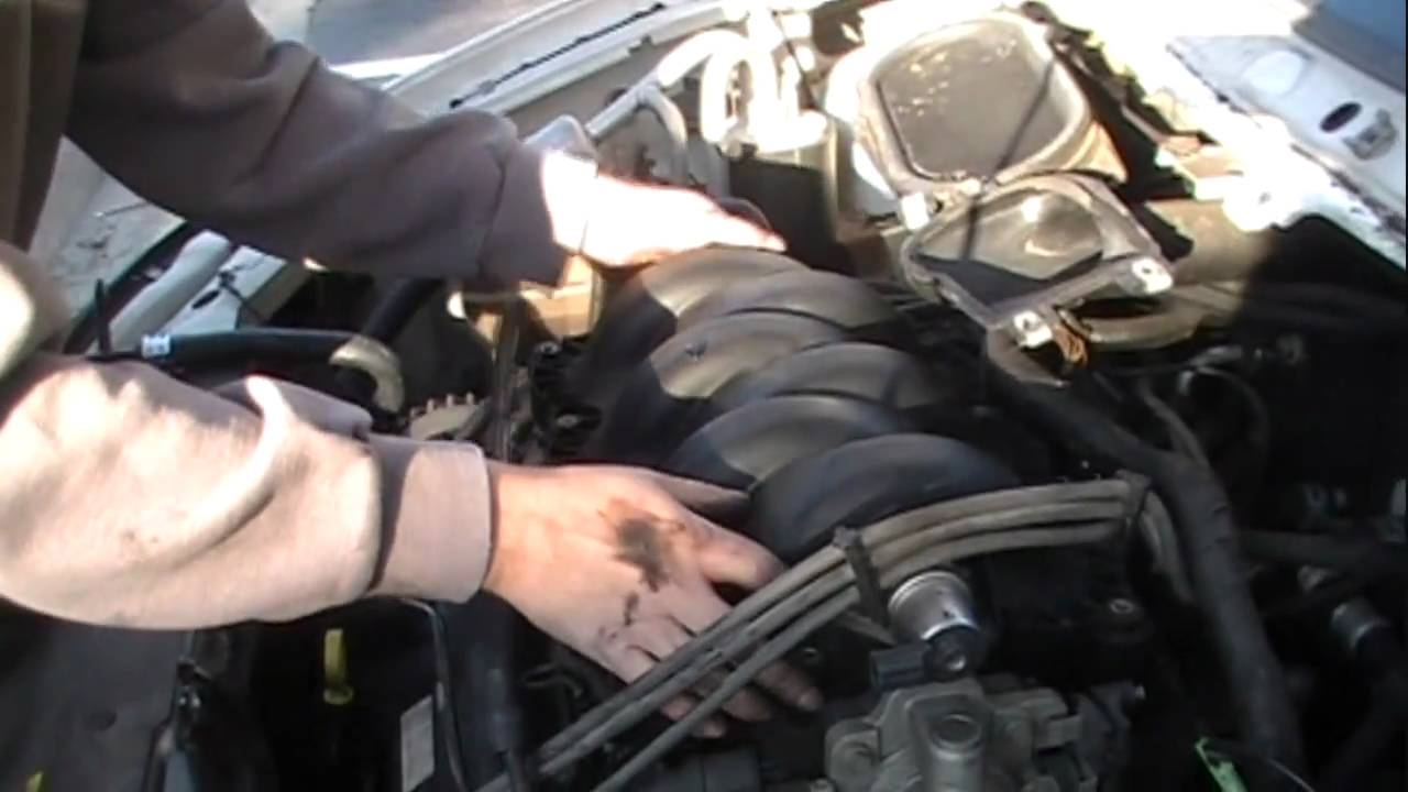 1999 Ford Windstar Cooling System Diagram Trusted Wiring Fuse Box 2001 Water By Pass Tube Leak Part 1 Youtube Thermostat Location