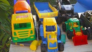 Тест драйф на трамплине бетономешалки, синий трактор, бульдозер, джип, грузовик