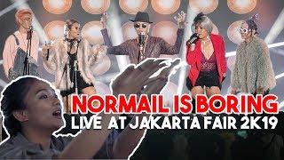 Download lagu MARION JOLA NONTON? NORMAL IS BORING - LIVE AT JAKARTA FAIR 2K19