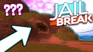 WHAT IS REALLY INSIDE OF THE VOLCANO!! (Roblox Jailbreak)